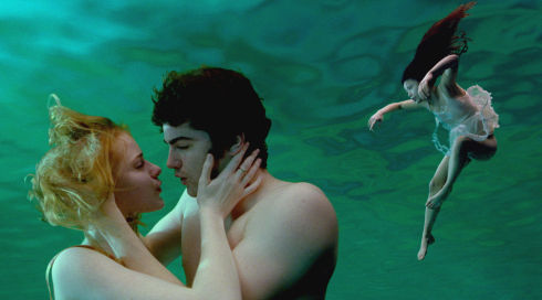 Evan Rachel Wood, Jim Sturgess und T. V. Carpio in «Across the Universe»