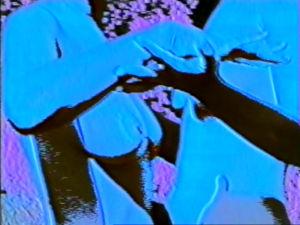 «Body, Body, Blue» von Isa Hesse-Rabinovitch