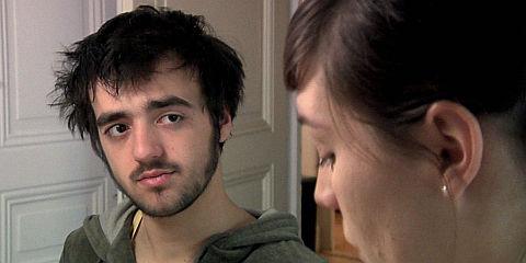 Gabriel Bonnefoy und Céline Bolomey in «Du bruit dans la tête»