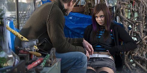 Jeremy Sheffield und Hannah Tointon in «The Children»
