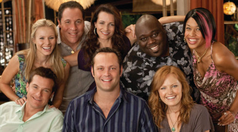 Vince Vaughn, Jason Bateman, Faizon Love, Jon Favreau, Malin Akerman, Kristen Bell, Kristin Davis und Kali Hawk in «Couples Retreat»