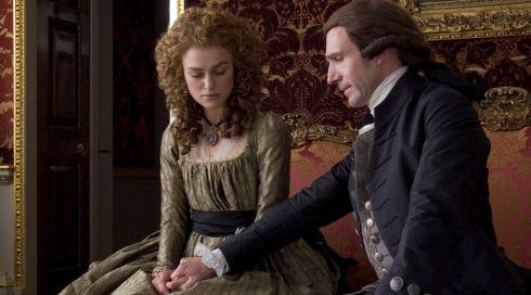 Keira Knightley und Ralph Fiennes in «The Duchess»
