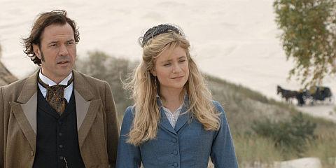 Sebastian Koch und Julia Jentsch in «Effi Briest»
