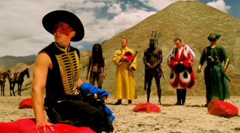 Lee Pace, Julian Bleach, Robin Smith, Marcus Wesley, Leo Bill und Jeetu Verma in «The Fall»