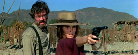 Robert Culp und Raquel Welch in «Hannie Caulder»