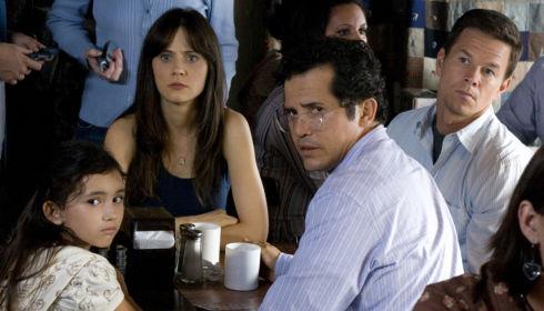 Ashlyn Sanchez, Zooey Deschanel, John Leguizamo und Mark Wahlberg in «The Happening»