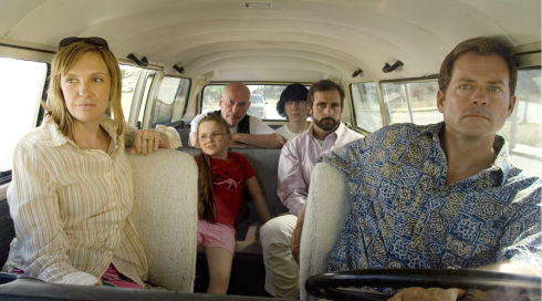 Toni Collette, Abigail Breslin, Alan Arkin, Paul Dano, Steve Carell und Greg Kinnear in «Little Miss Sunshine»