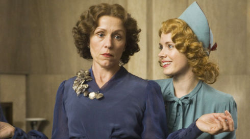 Frances McDormand und Amy Adams in «Miss Pettigrew Lives for a Day»