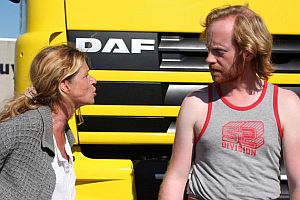 Barbara Sarafian und Jurgen Delnaet in «Aanrijding in Moscou»