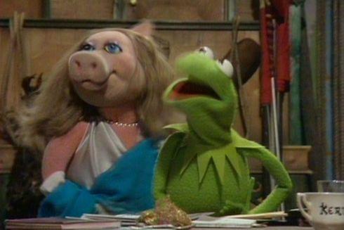 Miss Piggy und Kermit the Frog in «The Muppet Show»