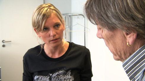 Irène Ludin und Polo Hofer in «Die Nagelprobe»