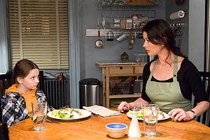Abigail Breslin und Catherine Zeta-Jones in «No Reservations»