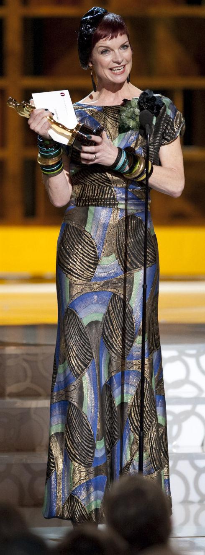 Sandy Powell auf dem Weg zu ihrem dritten Oscar (Foto: Matt Petit/©A.M.P.A.S.)
