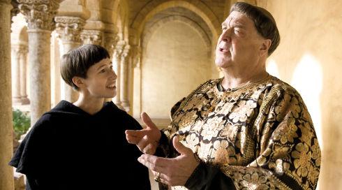 Johanna Wokalek und John Goodman in «Die Päpstin»