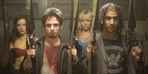 Rose McGowan, Freddy Rodríguez, Marley Shelton und Naveen Andrews in «Planet Terror»