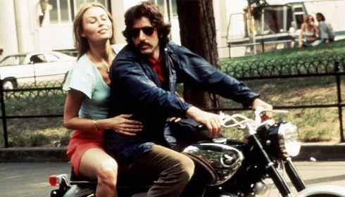 Cornelia Sharpe und Al Pacino in «Serpico»