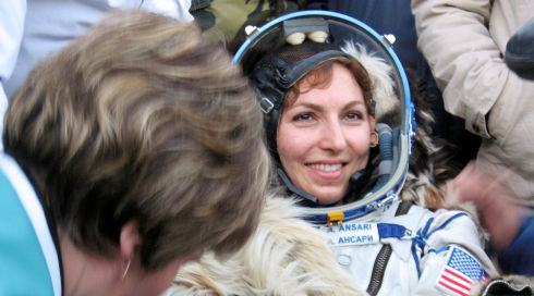 Anousheh Ansari in «Space Tourists»