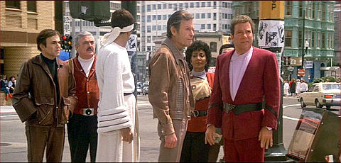 Walter Koenig, James Doohan, Leonard Nimoy, DeForest Kelley, Nichelle Nichols, George Takei und William Shatner in «Star Trek IV: The Voyage Home»